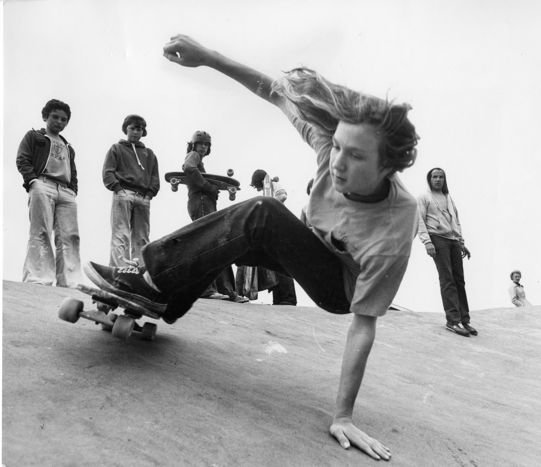 1978: John Sablosky gives us the kick turn extension at the Skateboard Park at Heatheryfold