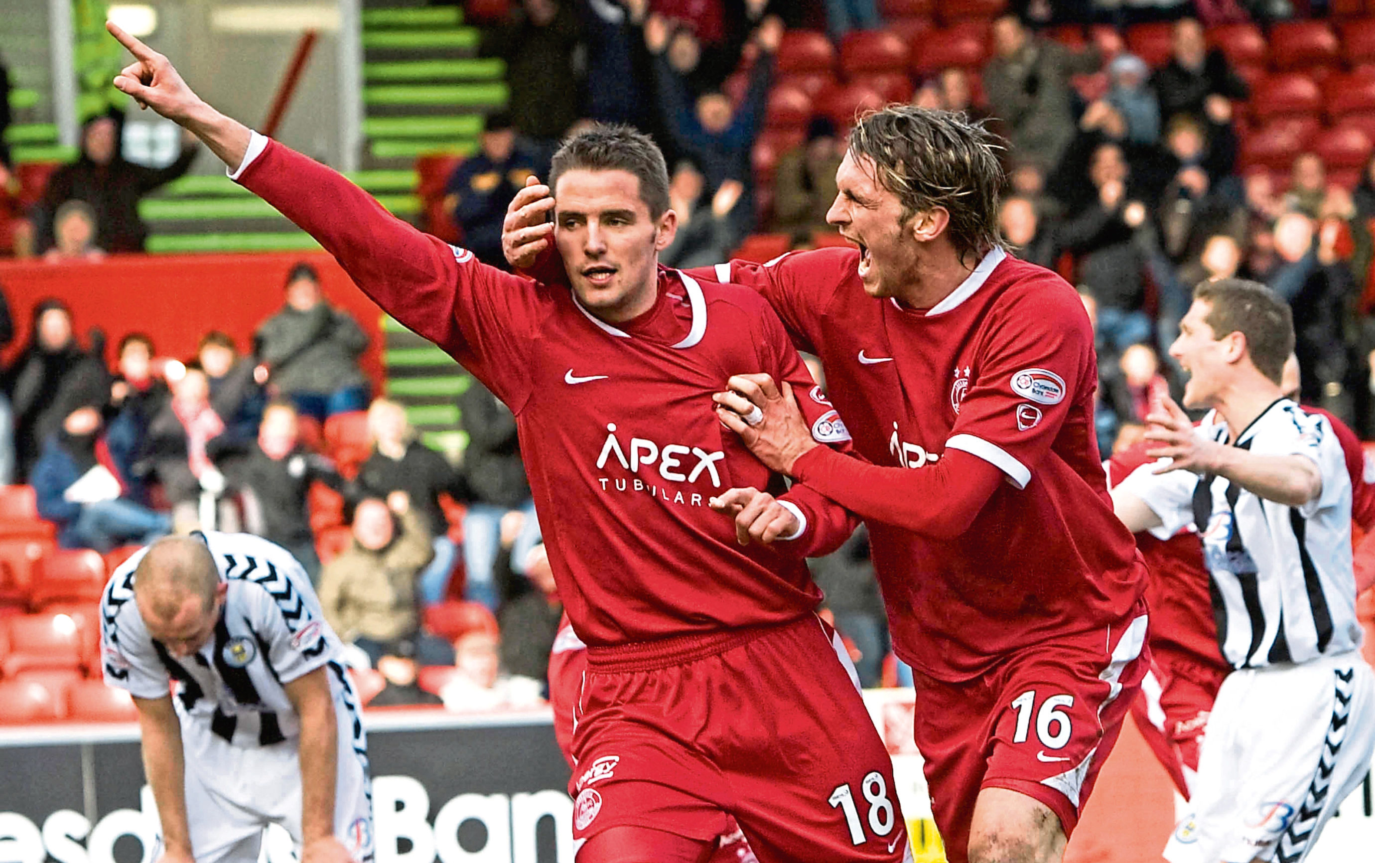 Lee Mair playing for Aberdeen