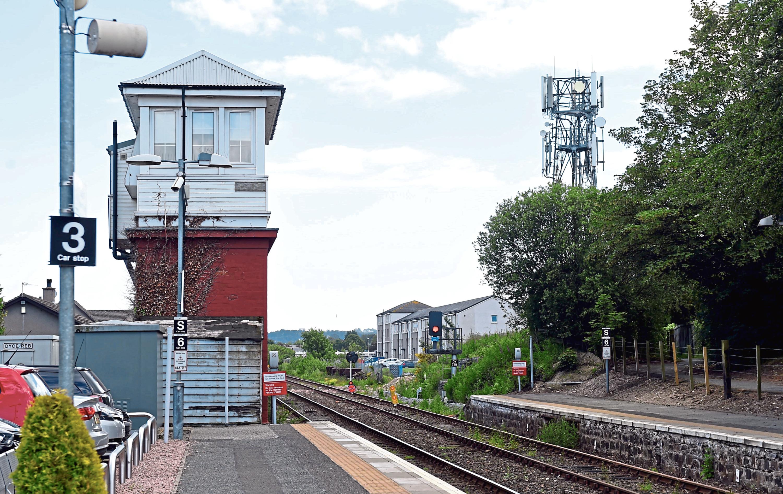 Dyce Railway Station
