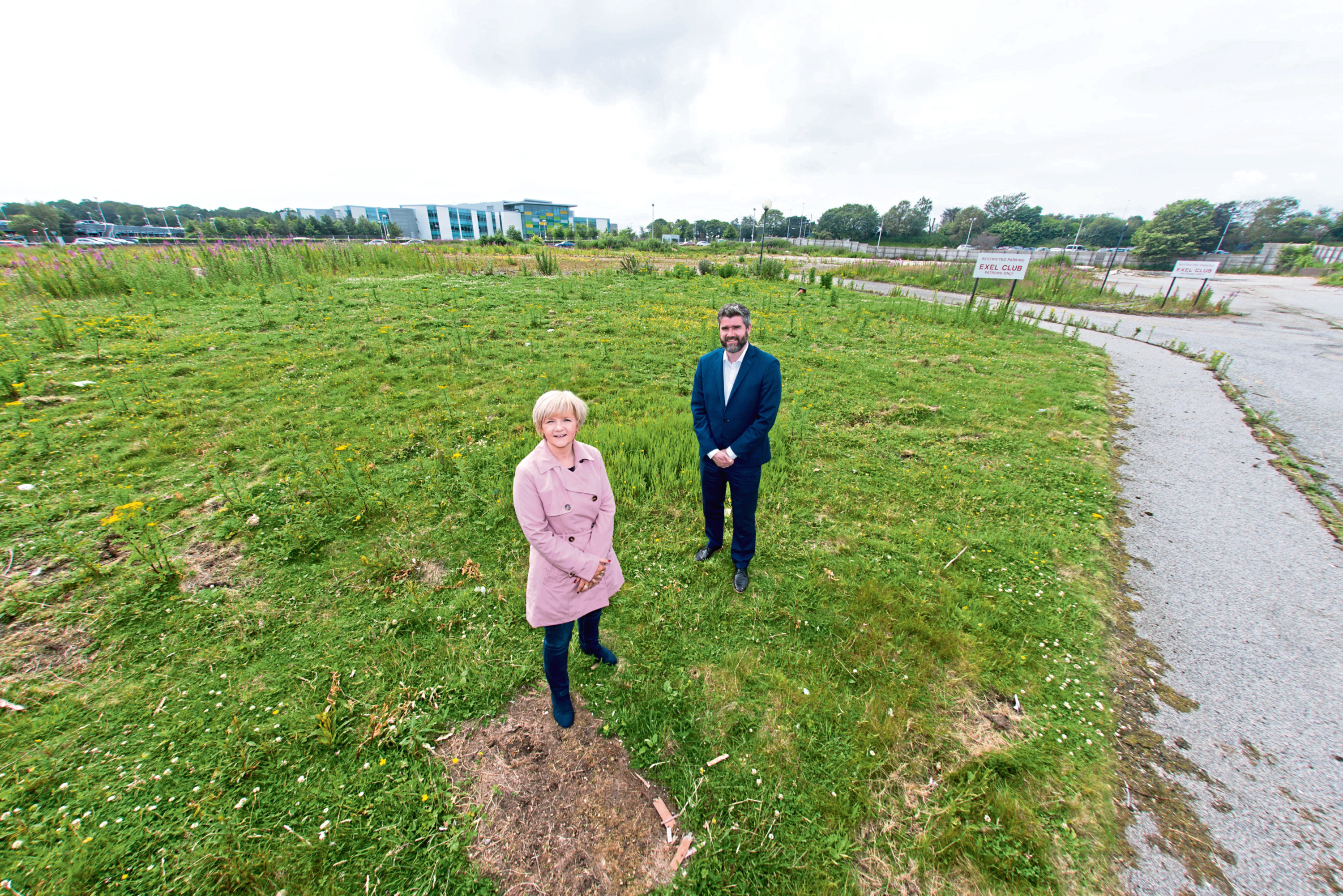 Aberdeen City Council Co-Leader, Councillor Jenny Lain with Gordon Pirie of CBRE at the site