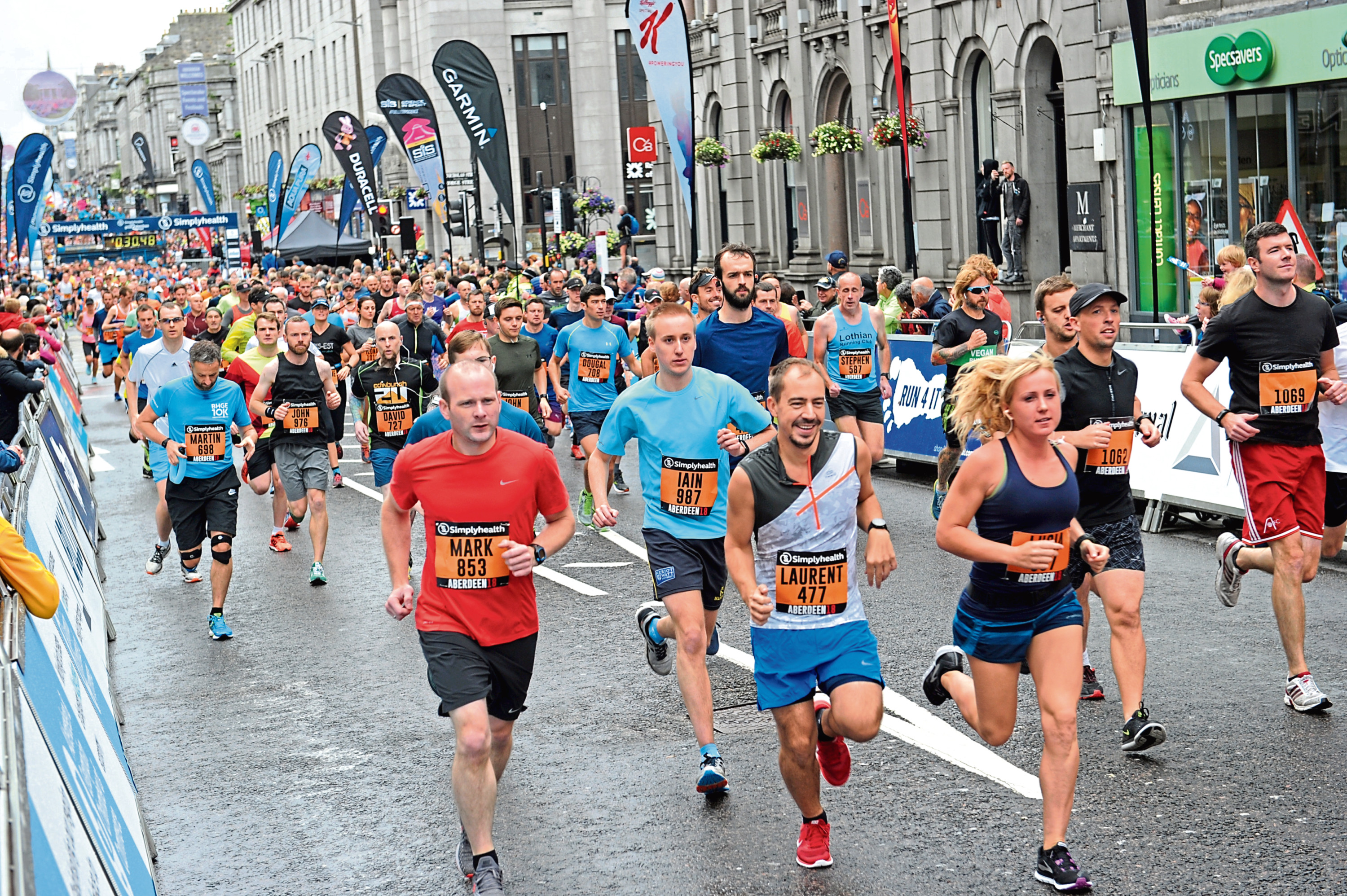 Simplyhealth Great Aberdeen Run 2018, 10K & Half Marathon. Picture of competitors during the Half Marathon.  Picture by KENNY ELRICK     26/08/2018