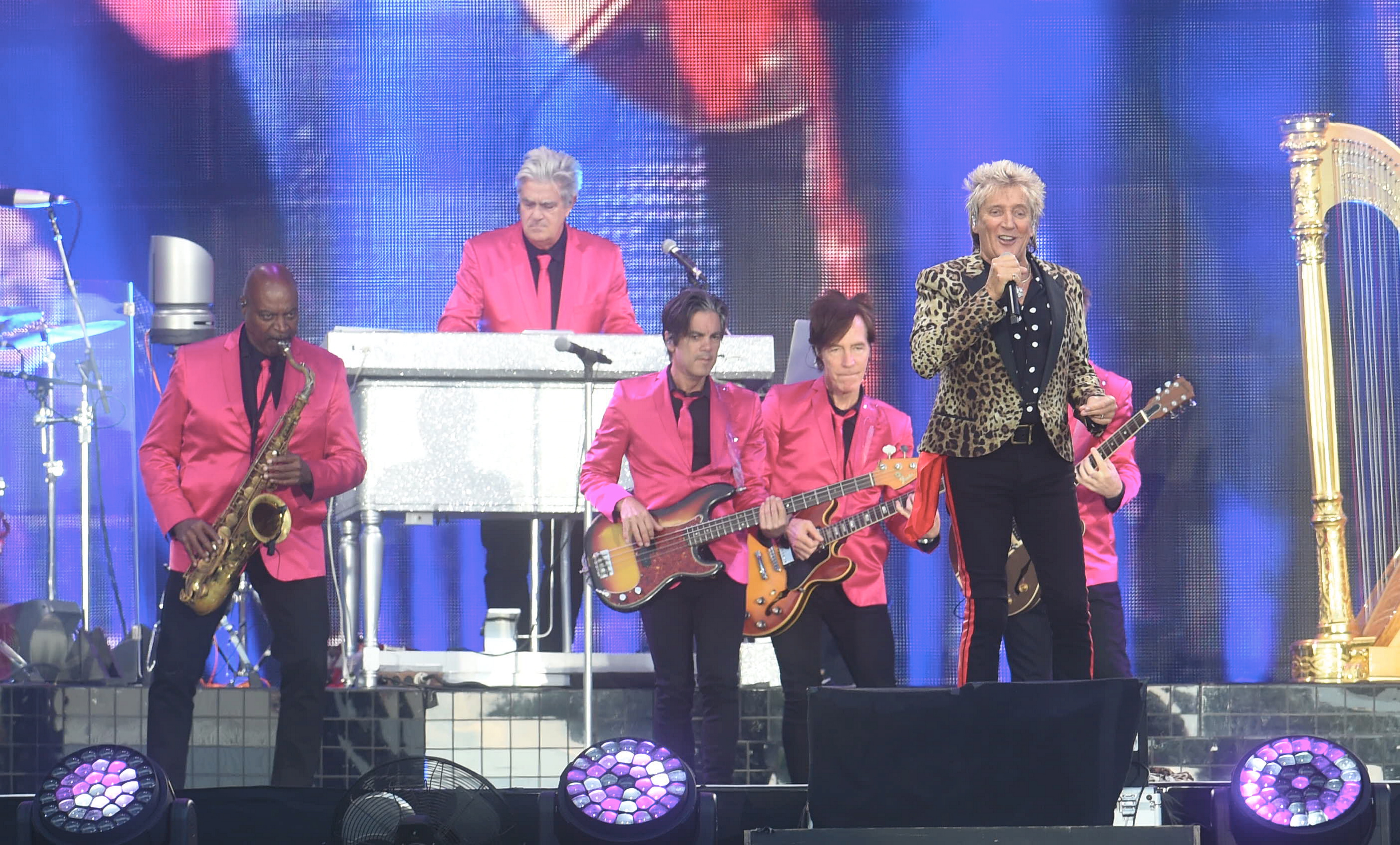 Rod Stewart performed at the AECC last night