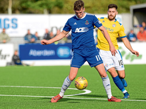 Cove Rangers will take on Hibs in a clash which is to be beamed live.