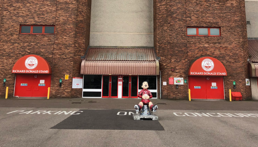 The Oor Wullie Miller statue is on display at Pittodrie
