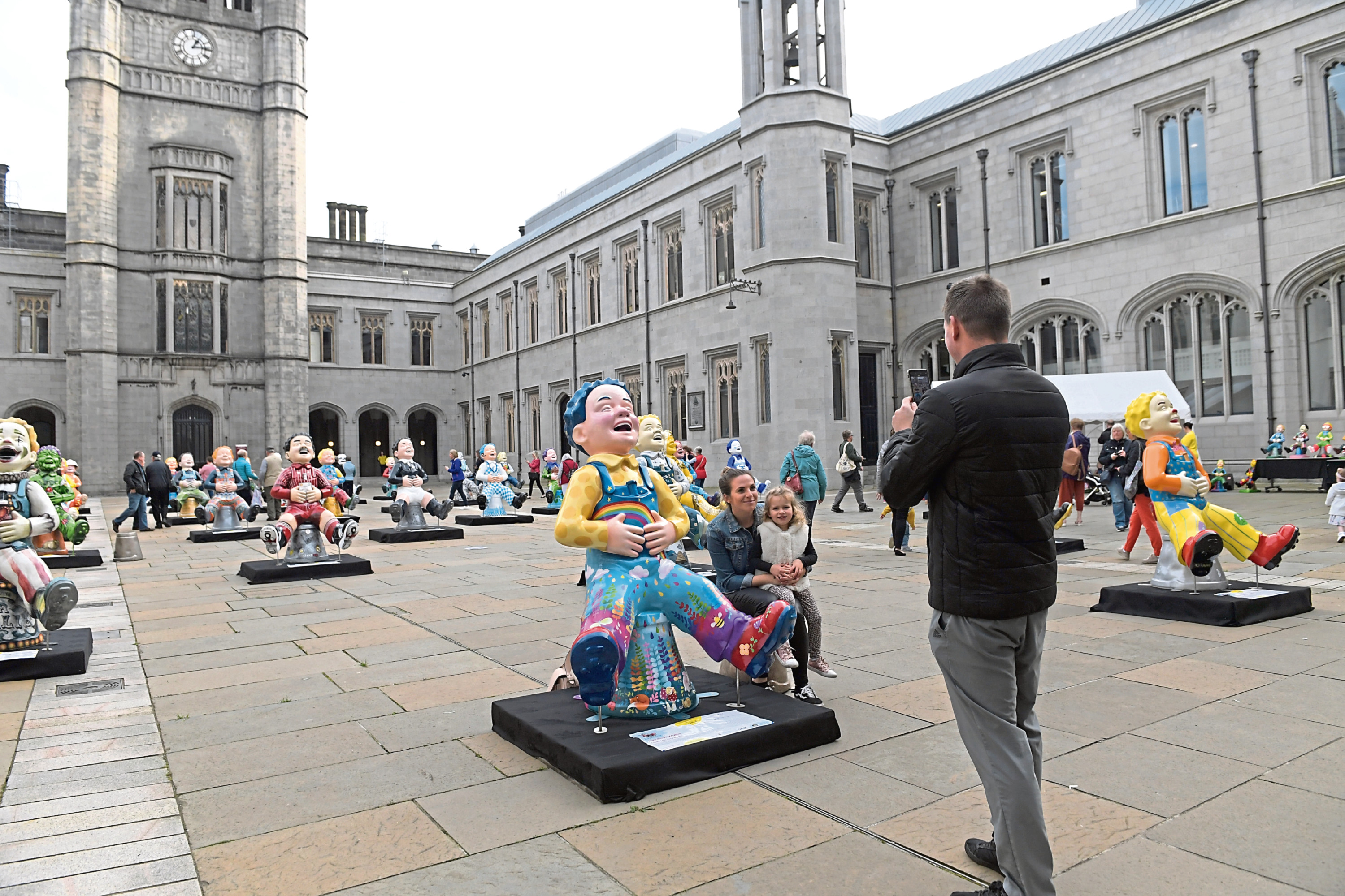 Crowds are expected to turn out over the weekend to say goodbye to the Oor Wullies being sold to raise money for the ARCHIE Foundation