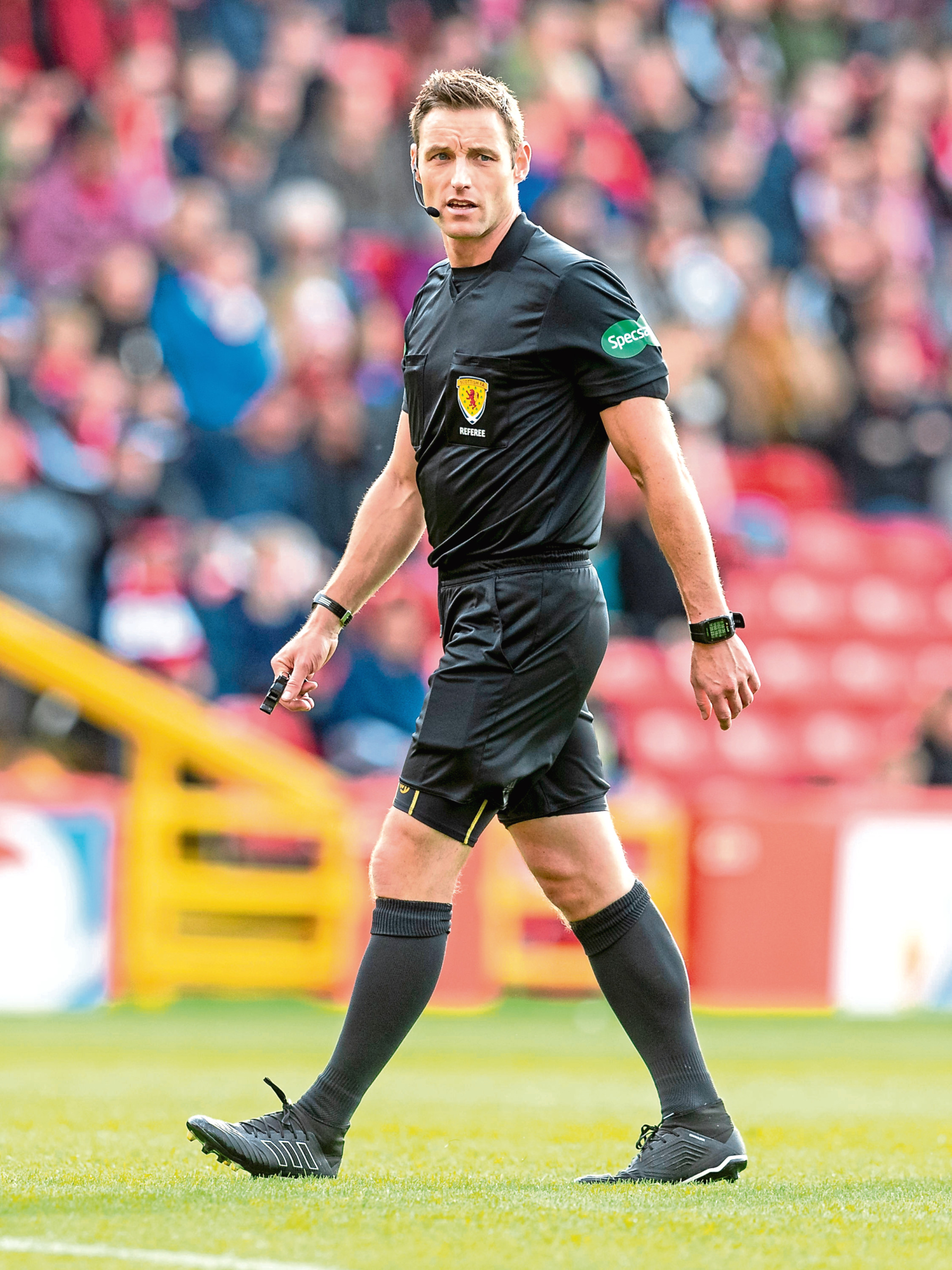 Referee Steven McLean