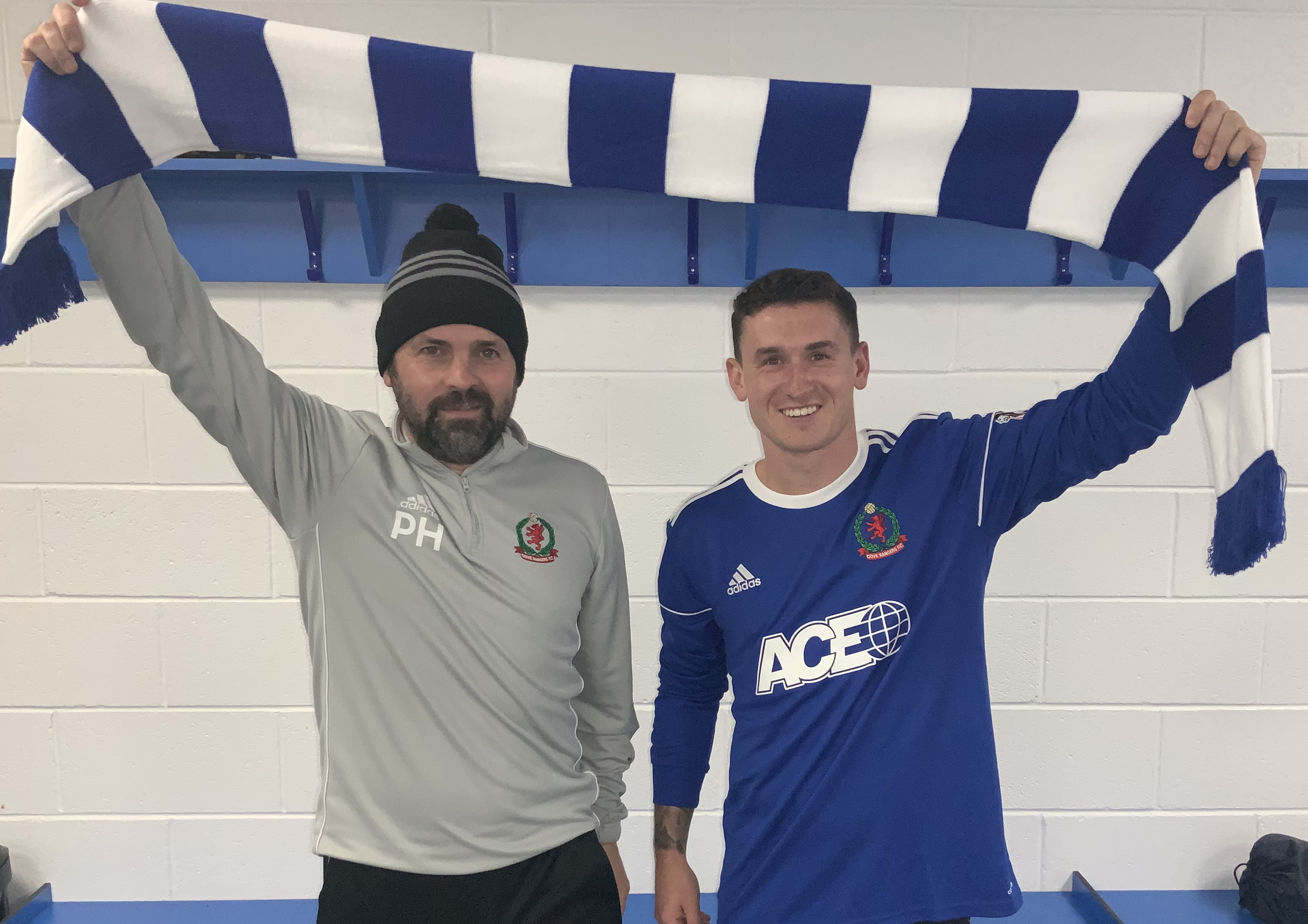 Cove Rangers manager Paul Hartley, left, and new signing Fraser Aird. Picture courtesy of Cove Rangers