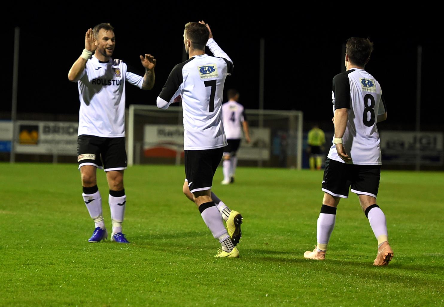 Graeme Rodger celebrates his goal.
