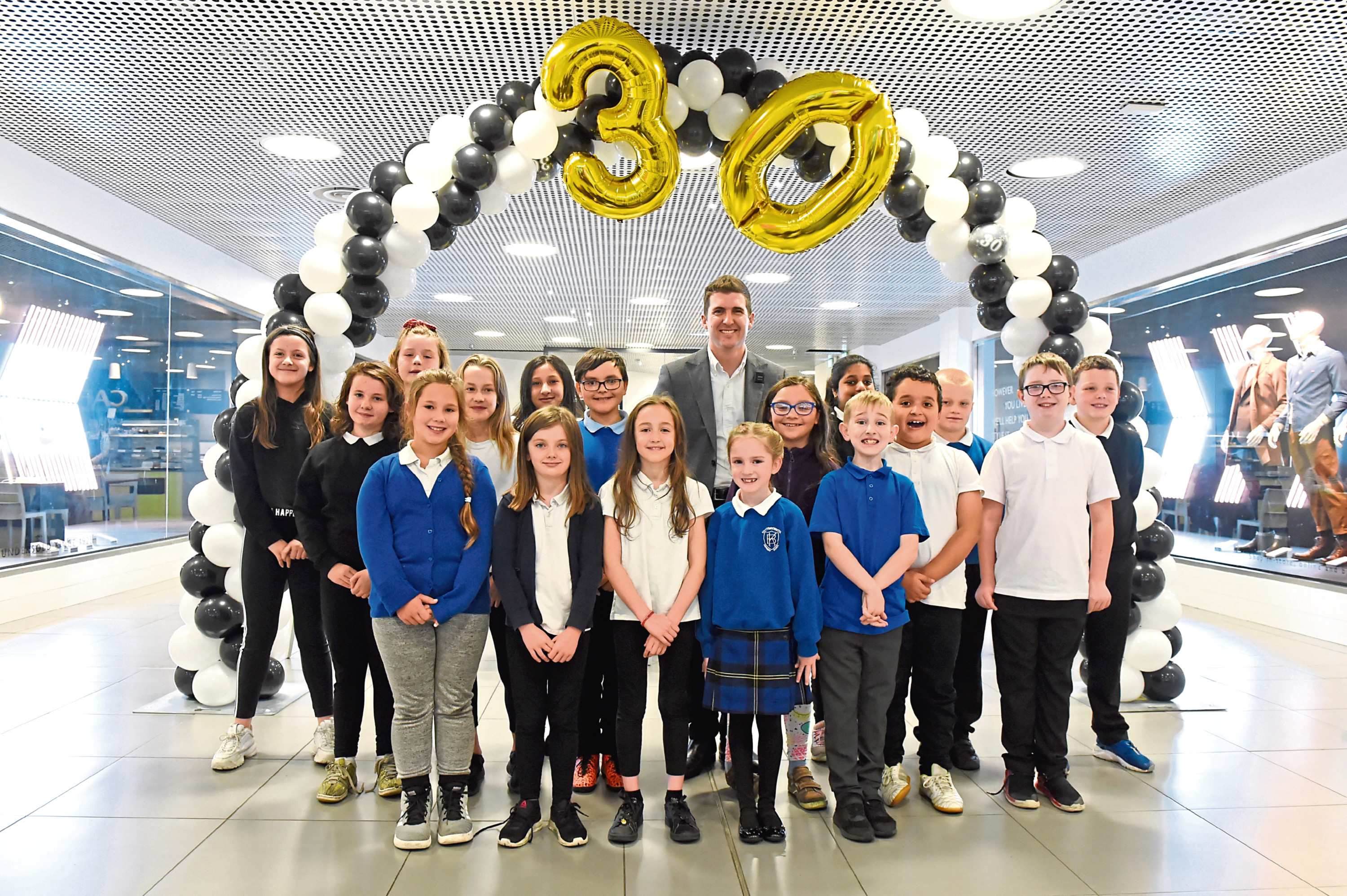 Kittybrewster School Choir and head of branch Jamie Wishart. Picture by Kenny Elrick