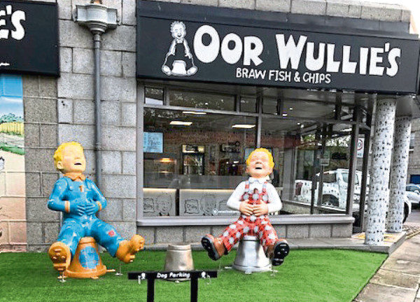 The Oor Wullie statues at the chip shop