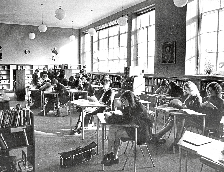 Senior students enjoy some quiet library studies in 1971