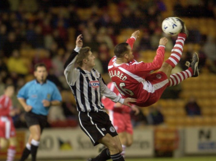Rachid Belabed attempts a overhead kick.