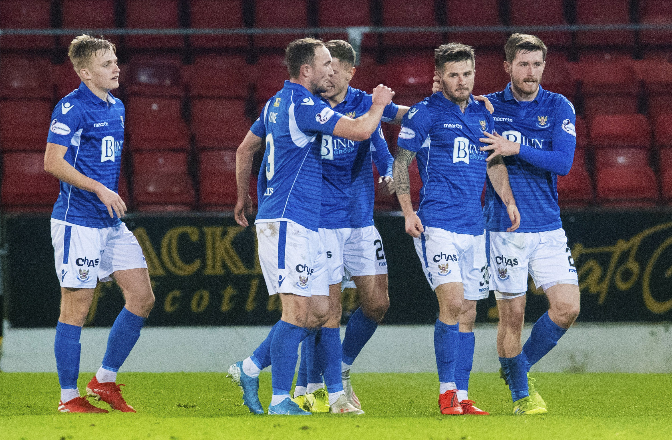 Matty Kennedy celebrates with his teammates after equalising for St Johnstone during the Ladbrokes Premiership match between St Johnstone and Aberdeen.