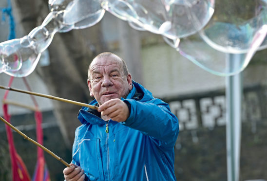 Sacro's Dougie Bogie demonstrating his bubble therapy technique at the open day