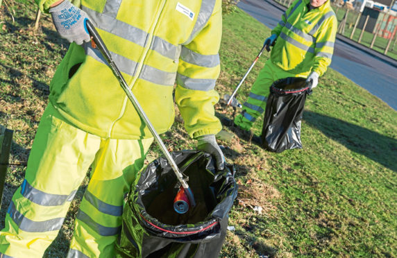 Aberdeenshire Council has launched a joint approach to tackling litter across the region