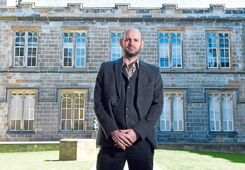 Dr Malcolm Harvey
