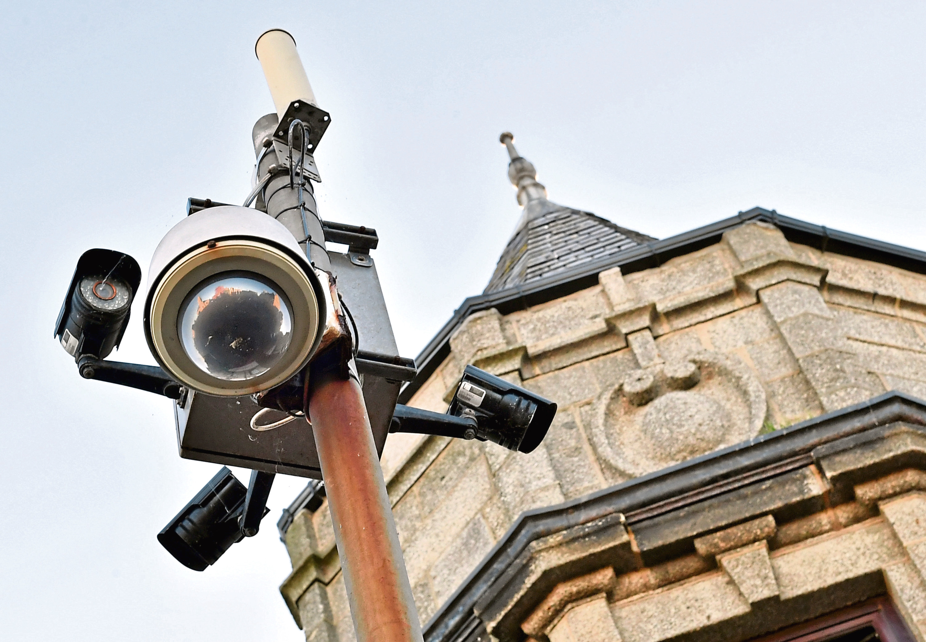 Brian Topping and Ricky Sheaffe-Greene of the Fraserburgh CCTV Working Group are looking to raise £10k to add to a grant of £60k for a new CCTV system in the village Picture by Kami Thomson    17-10-18