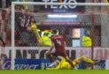 Aberdeen's Andy Considine beats Allan McGregor to make it 2-2.