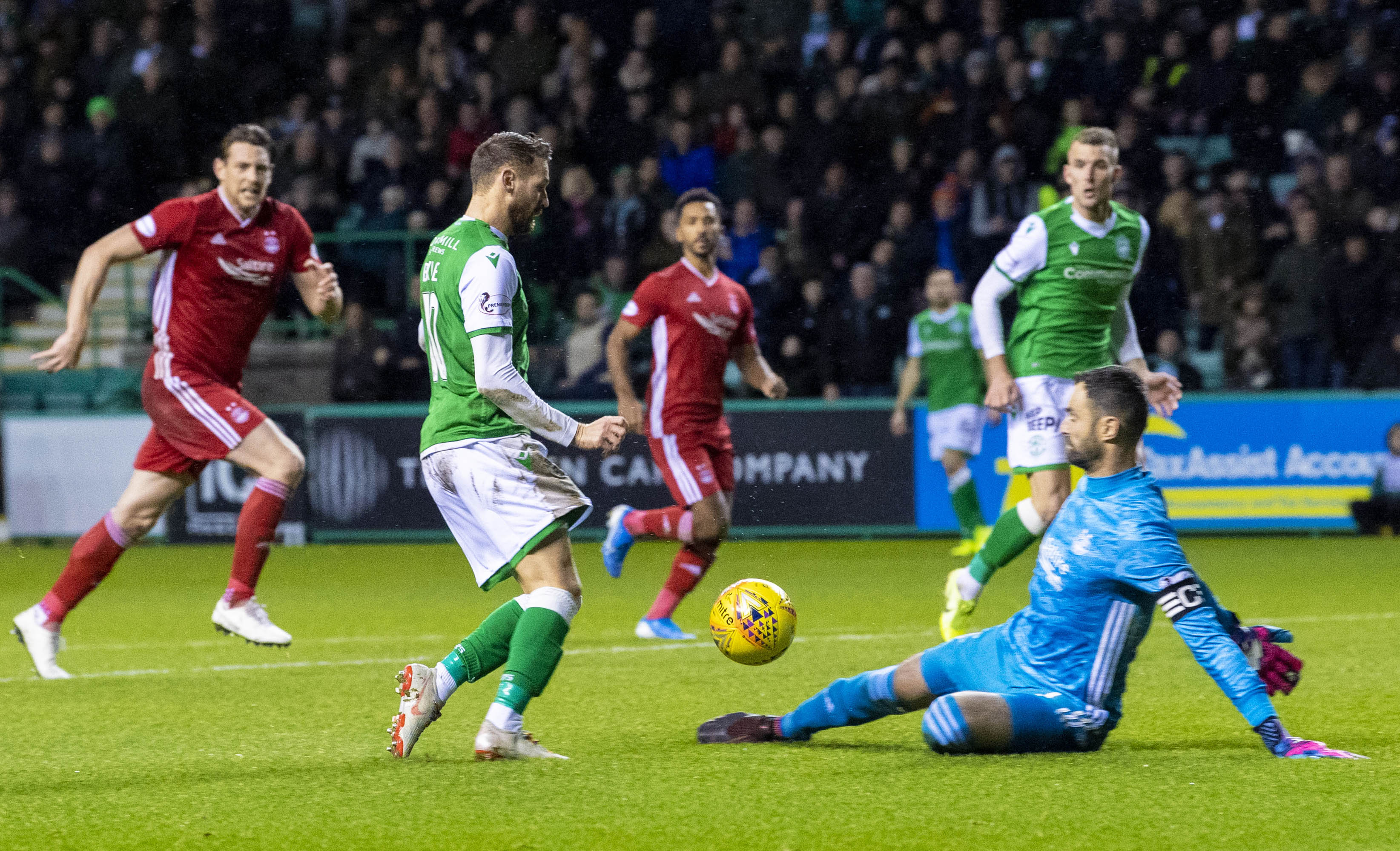Aberdeen beat Hibs to McCrorie's signature.