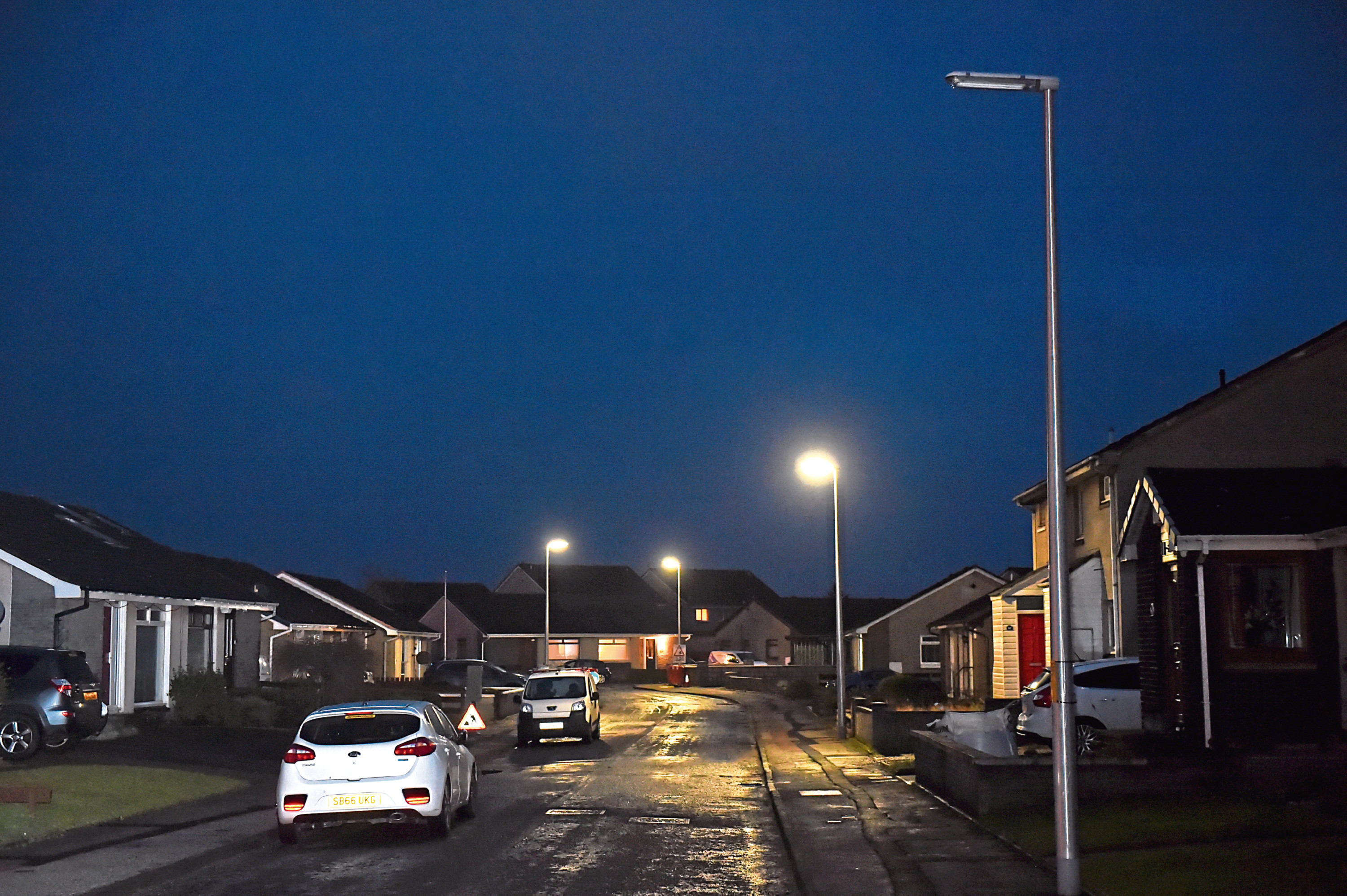 Repairing street lights need to be a priority says Councillor Martin Greig