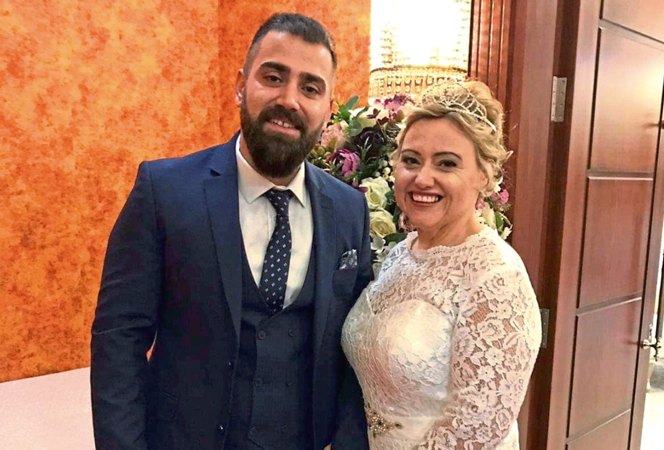 Jill Onemli with husband Enes after her major weight loss