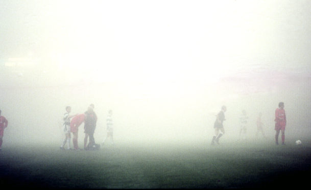 A break in the action as visibility deteriorates.