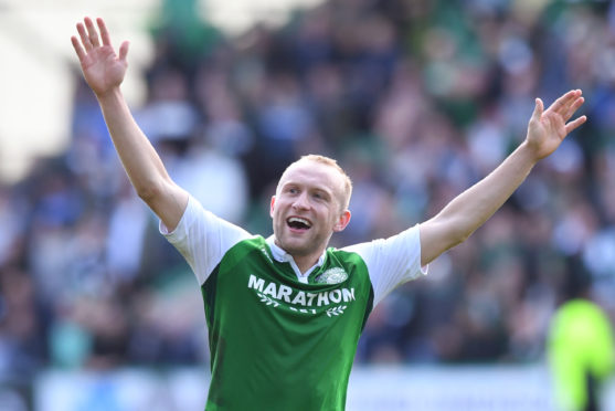 Dylan McGeouch has previously played for Hibs.