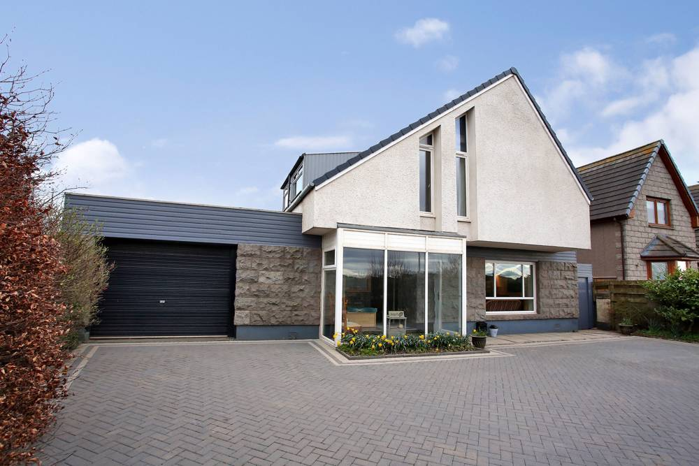 The exterior property at Charleston, Cove, Aberdeen