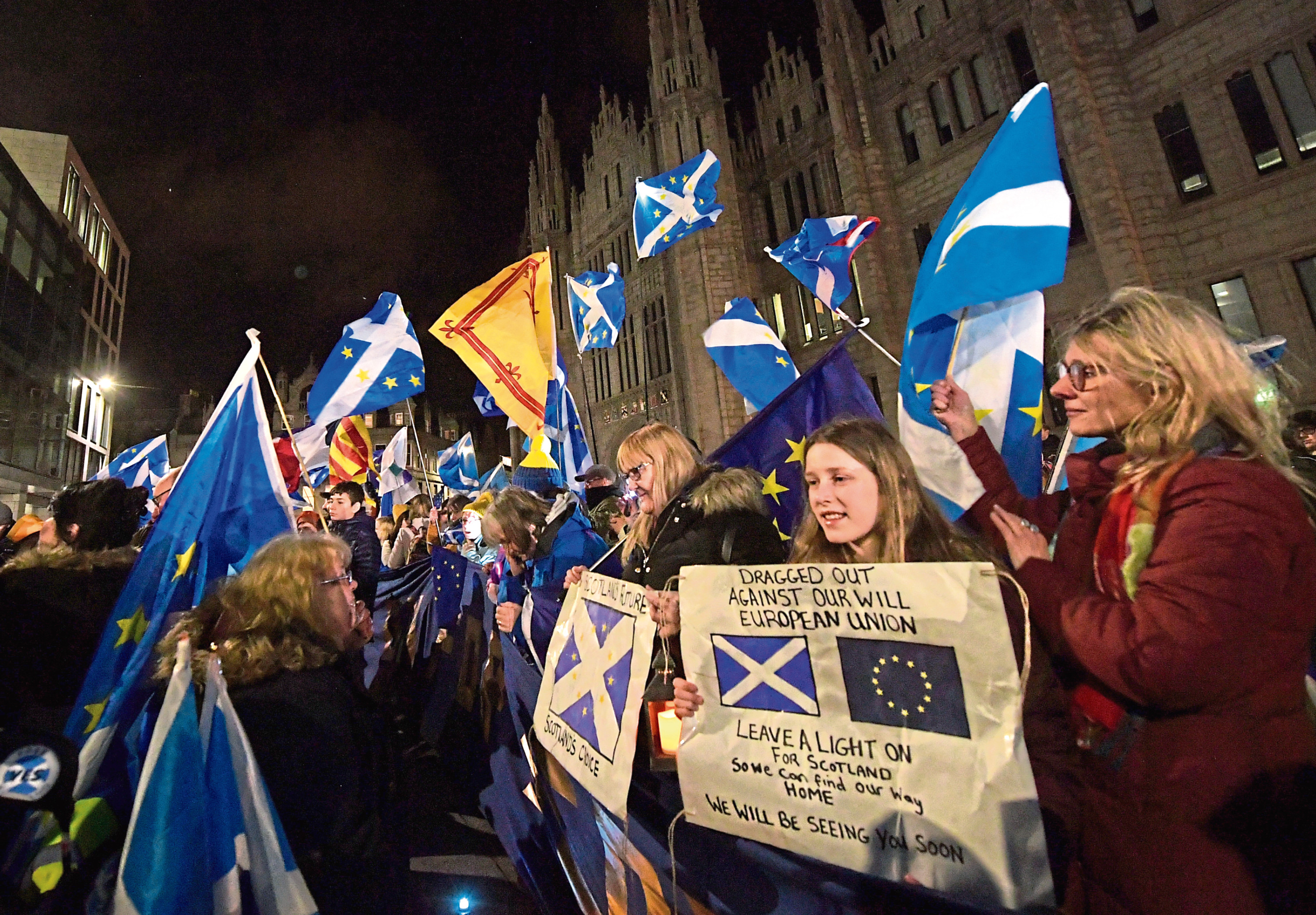 EU supporters gather at Marischal College