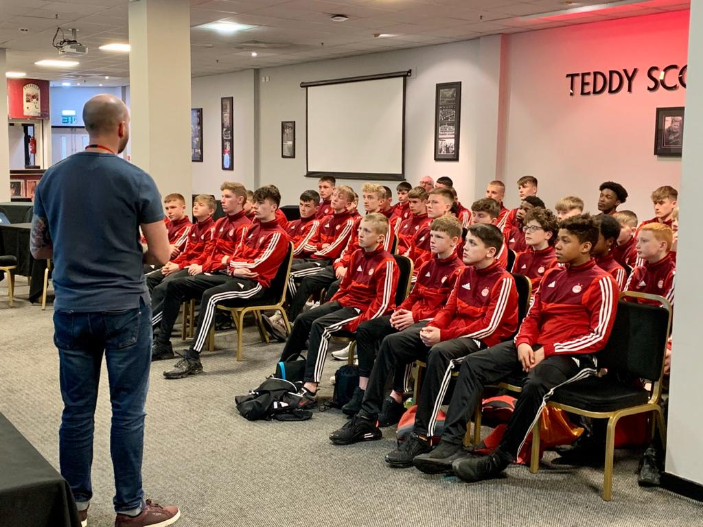 Young Aberdeen FC players are coached on subjects such as social media