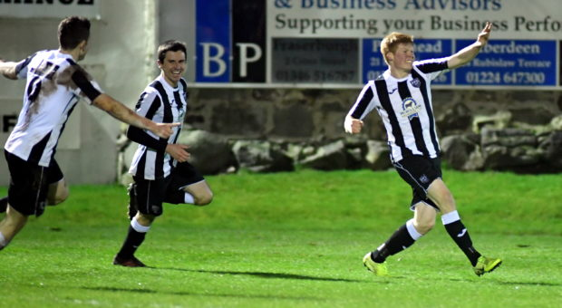 Fraserburgh's Owen Cairns (right).
