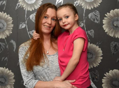 Mum Jennifer Reid with her daughter Leanna Deans