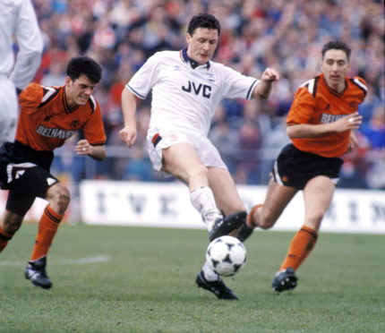 Jim Bett in action for Aberdeen.