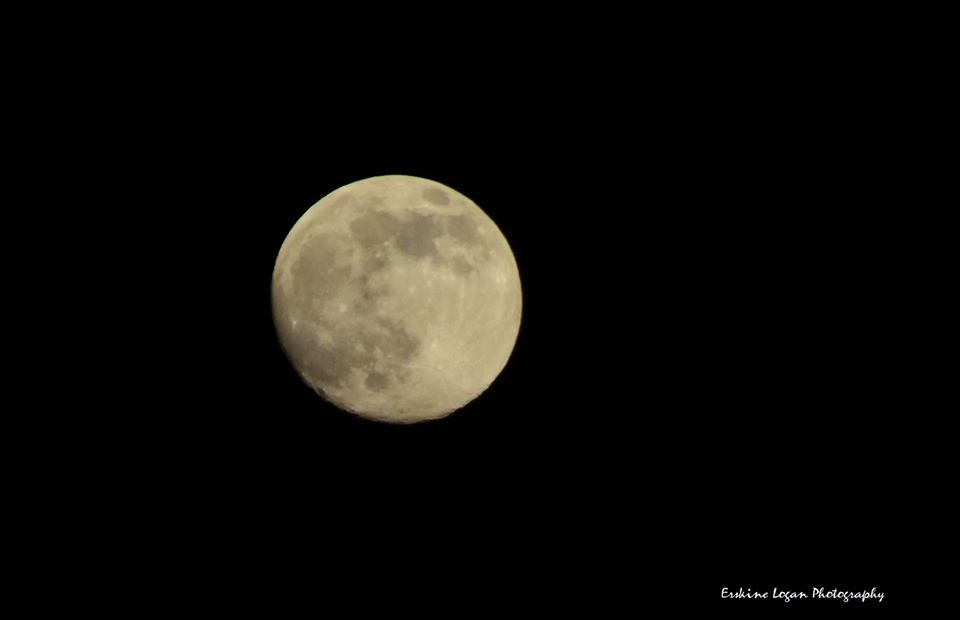 Aberdeen photographer Erskine Logan captured the moon