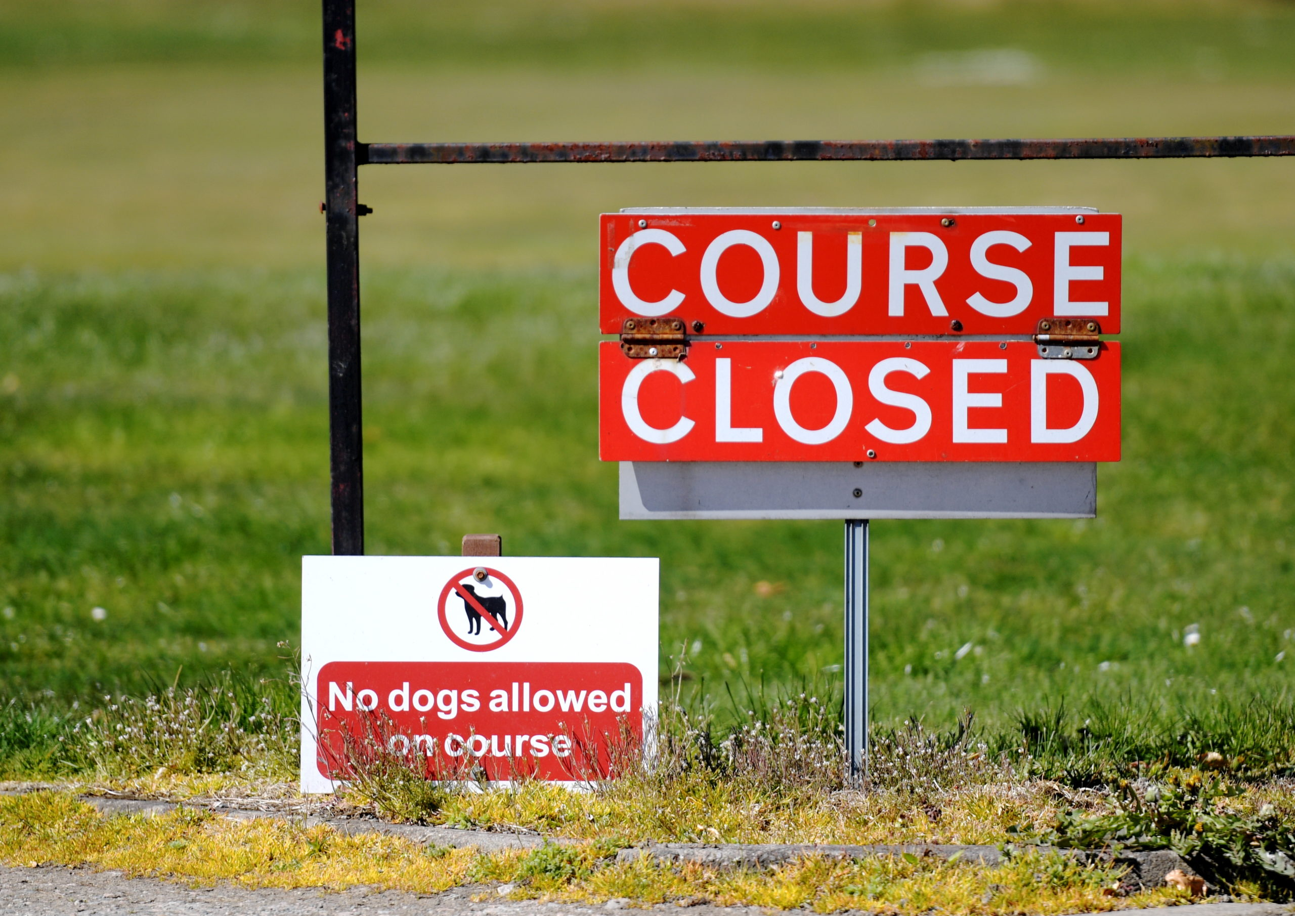 Some golf clubs hope to reopen on May 29 under phase 1