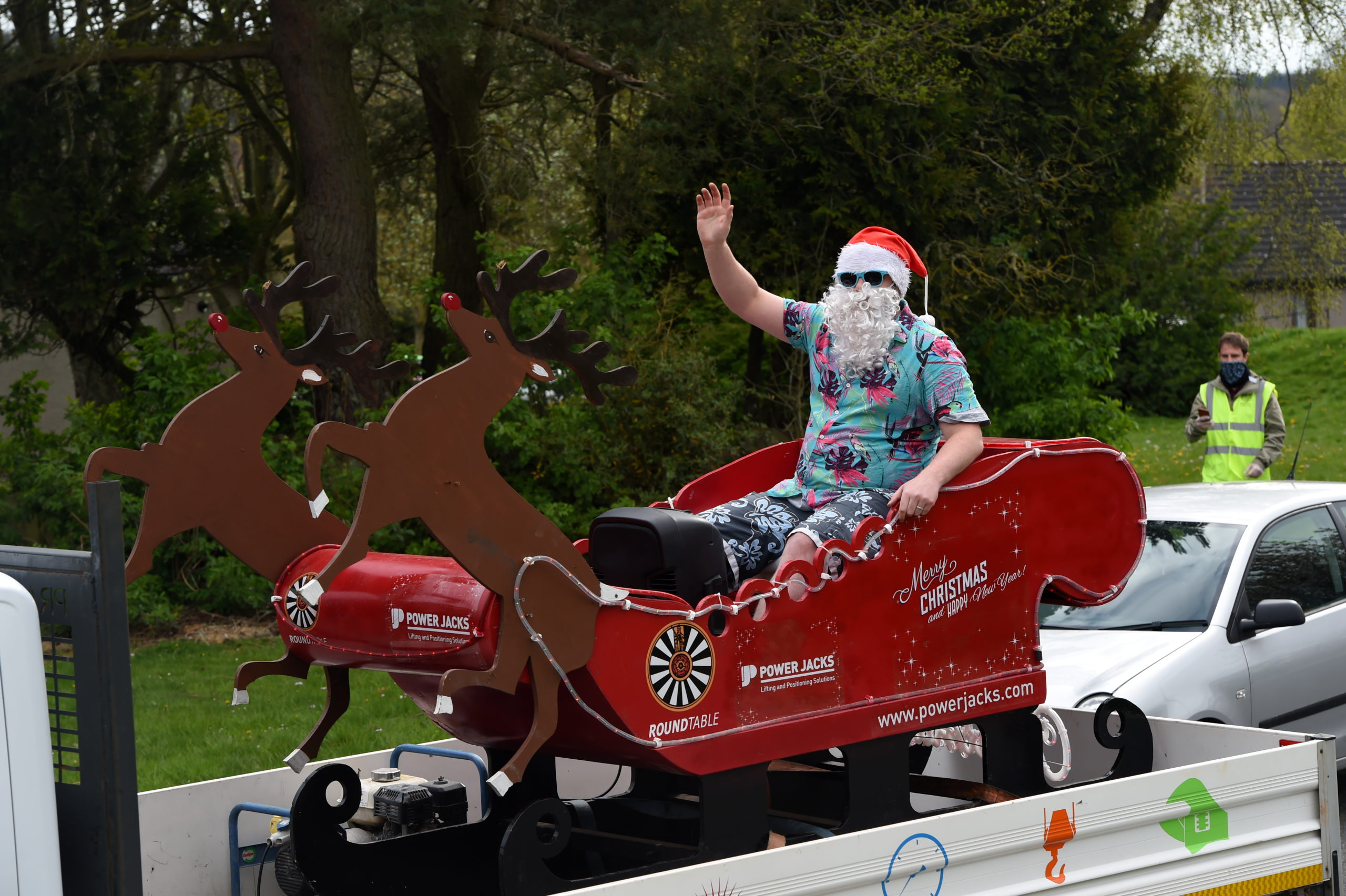 Santa visited Ellon over the weekend to pick up donations.