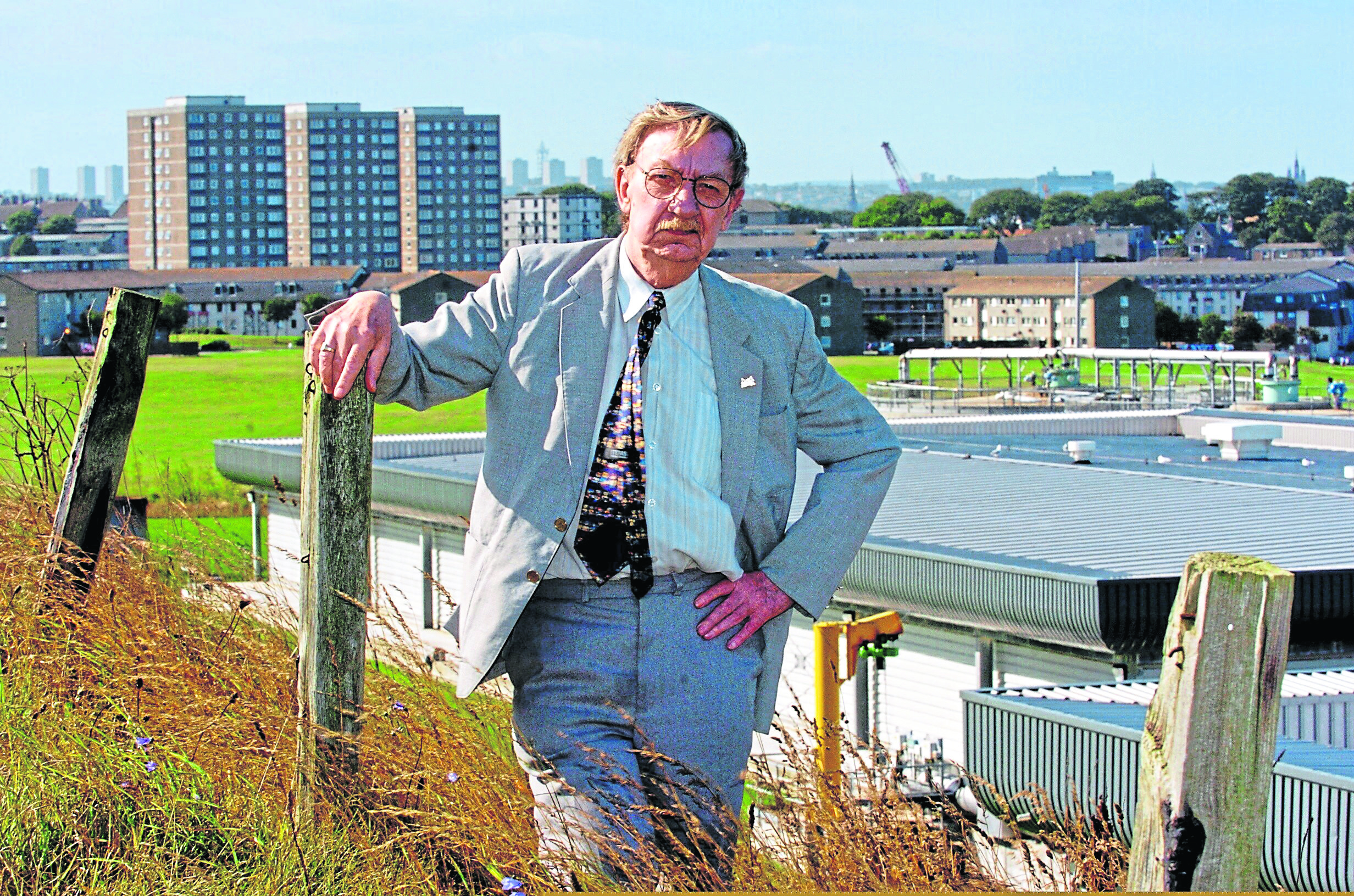 Tributes have been paid to Bob Gibb