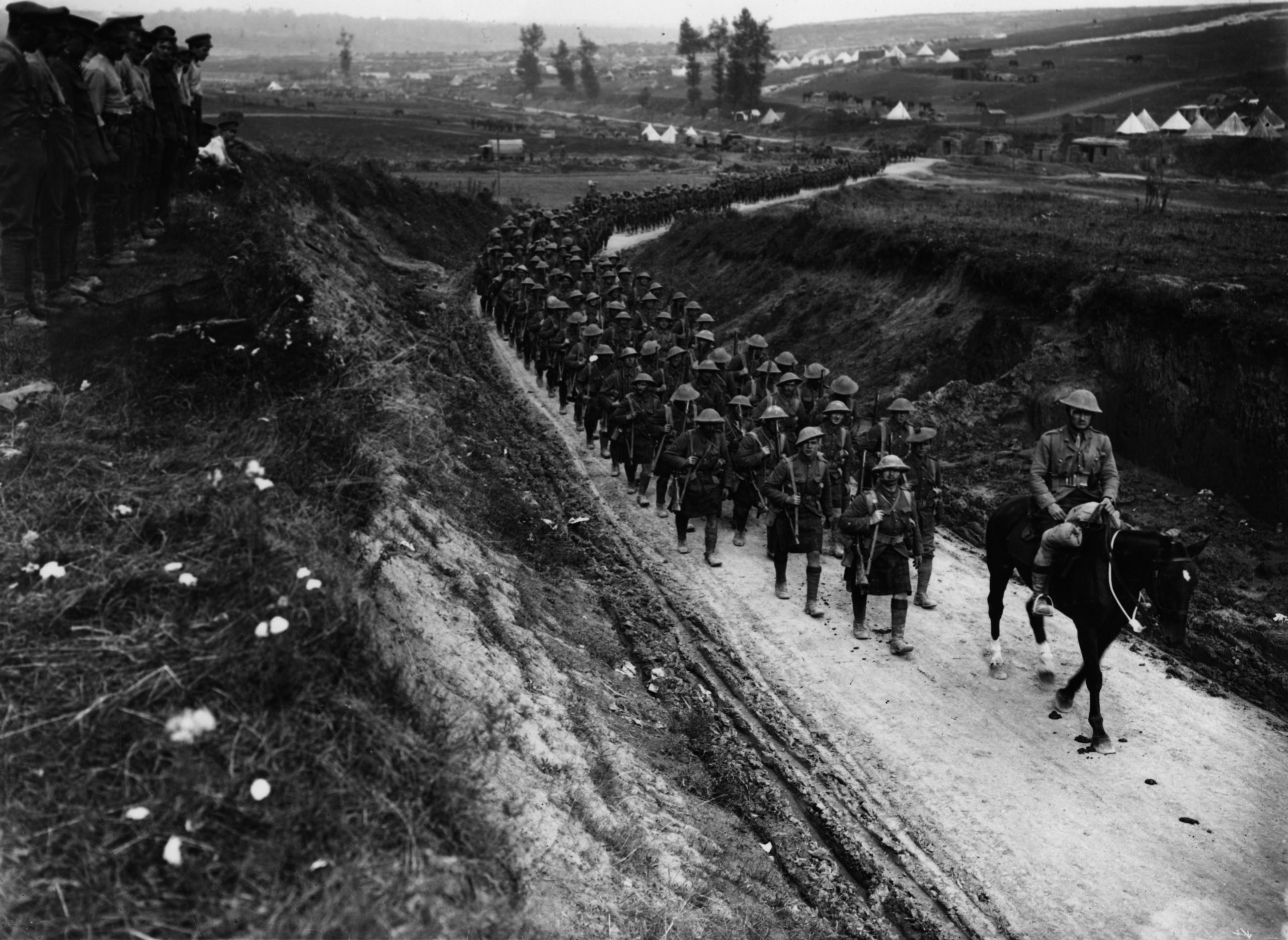The Gordon Highlanders marching to the trenches in 1916