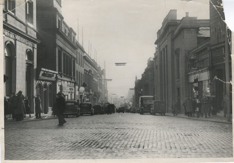 The view south down Market Street, Aberdeen.  25 January 1955.