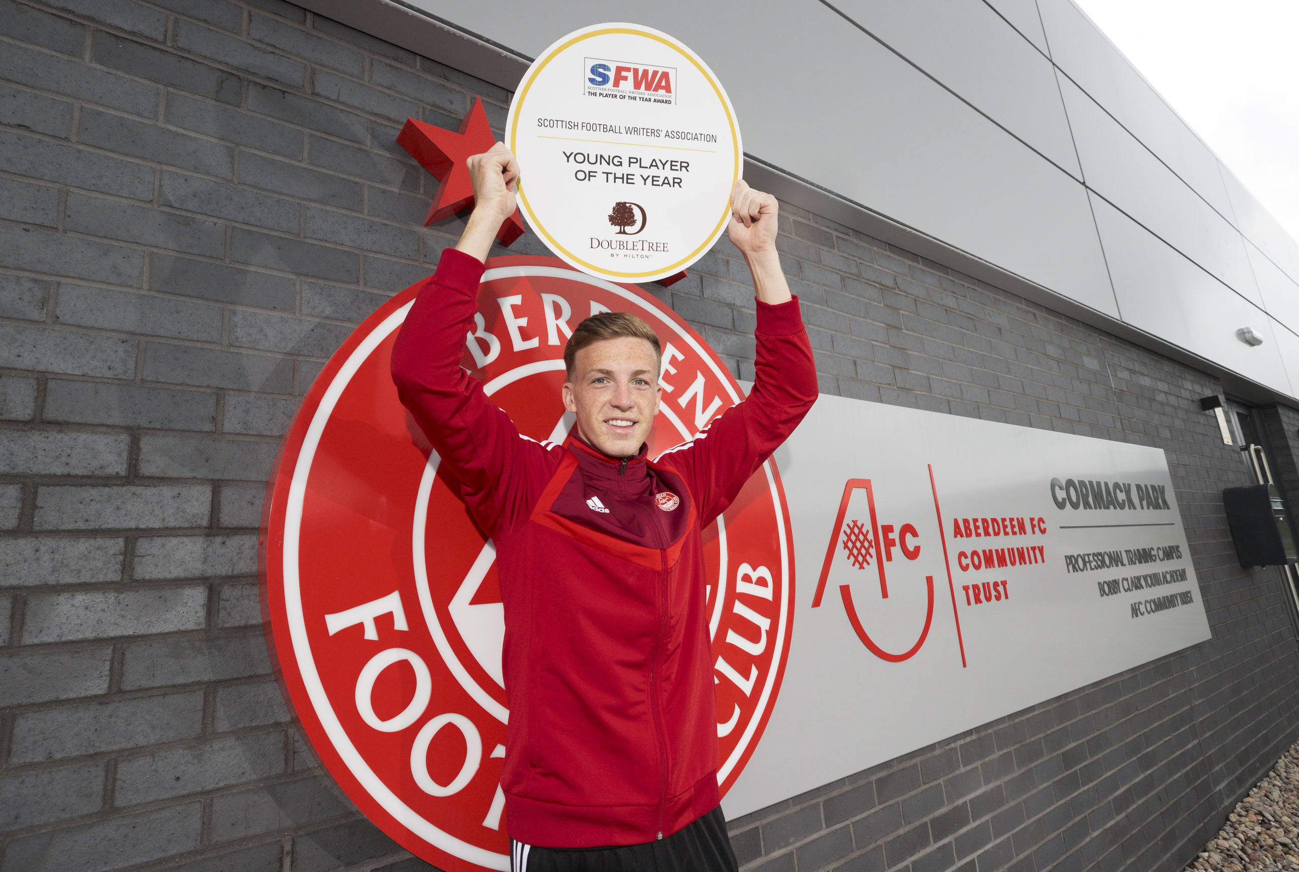 Lewis Ferguson was named SFWA Young Player of the Year
