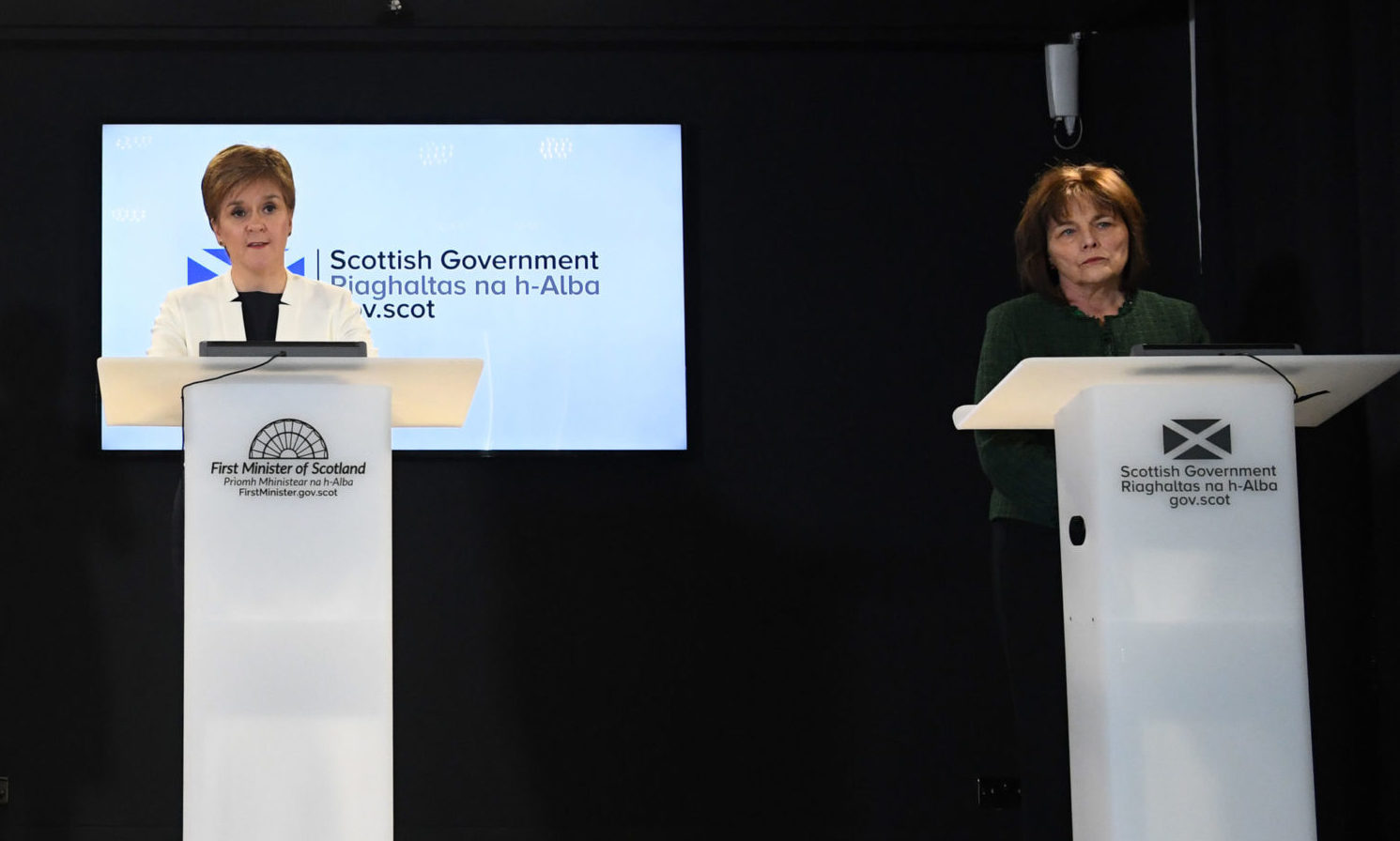 Nicola Sturgeon and Jeane Freeman at a coronavirus briefing.