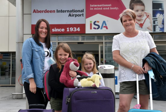Lauren, Eilidh and Elsie Stephen, Irene Geddes