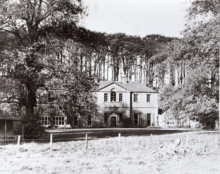 The oldest part of Seaton House dated to the mid-17th century. The Georgian mansion saw substantial additions in the 18th and 19th centuries. It was located towards the centre of the park, near where the fountain now stands. It was sadly destroyed by a fire in 1963 and had to be demolished.