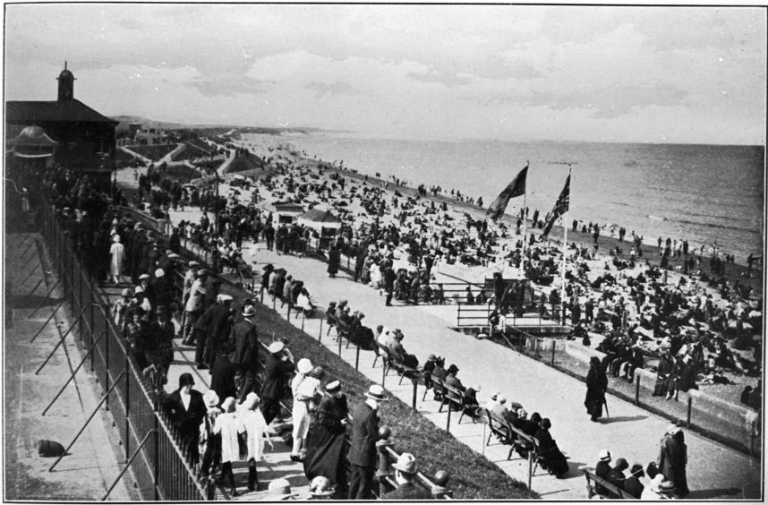 The popularity of the sea beach grew in the early part of the 20th century. The Town Council realised the potential of the area and were keen to undertake further developments to meet the needs of visitors. This image from the period shows the beach crowded with holidaymakers.