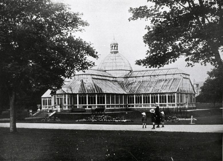 Early 20th century photograph of Duthie Park's original Winter Garden. It was designed by City Architect John Rust and opened on 1st August 1900. After suffering irreparable storm damage in 1969, the building was replaced by the Winter Gardens we know today.