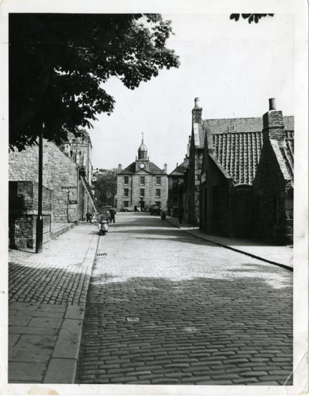 1958: Looking down the street in Old Aberdeen towards the Town House.
