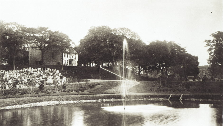The park, formerly Arthurseat Estate, was gifted to the city by Elizabeth Crombie Duthie in 1880. The layout was designed by William R. McKelvie of Dundee and the park opened on 27th September 1883. Athurseat House, shown here, was retained as a museum until it was demolished in 1934.