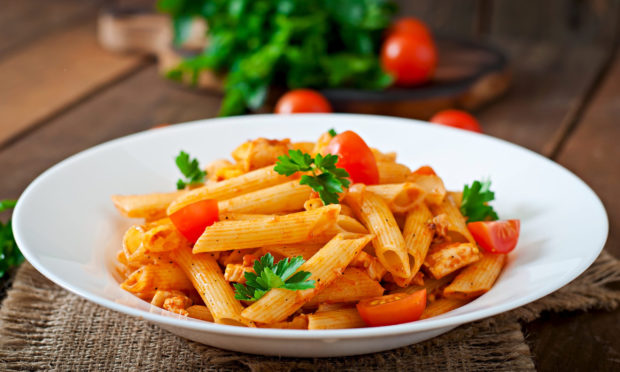 You can make your own pasta sauce with very few ingredients.