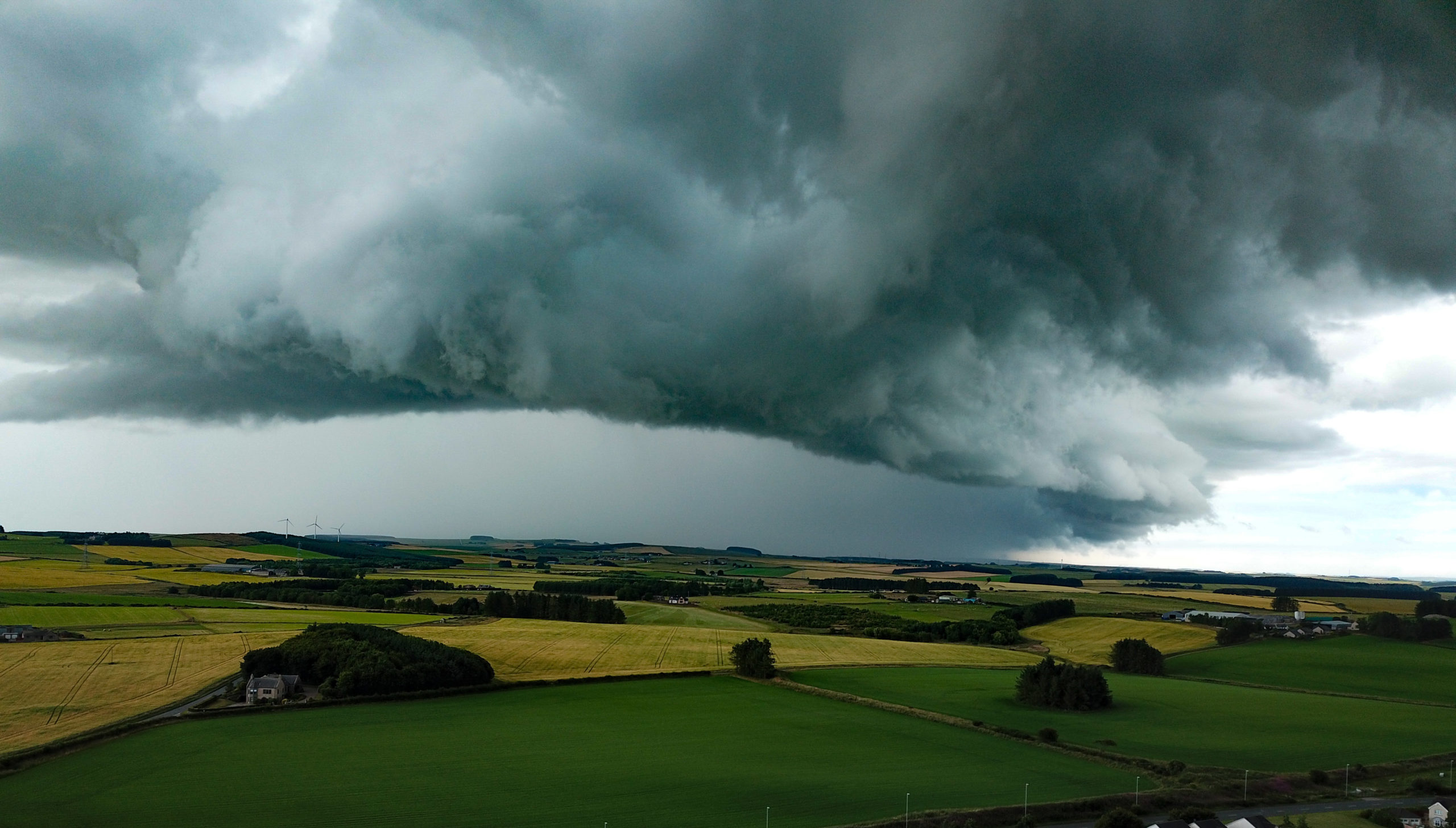 Graeme Lawson captured a stunning picture of the clouds over Ellon.