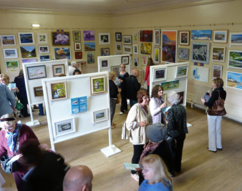 Stonehaven Art Club's annual exhibition has gone virtual for the first time